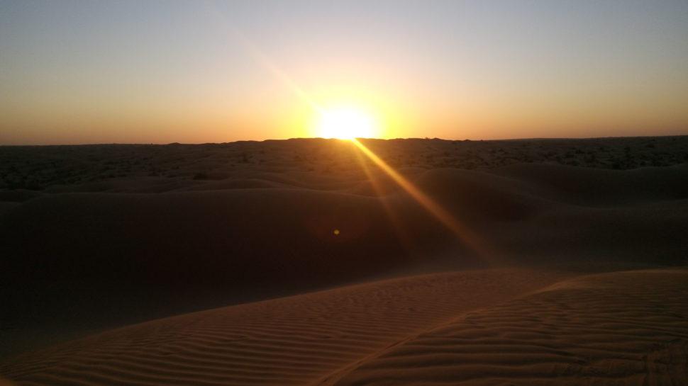 západ slunce napoušti